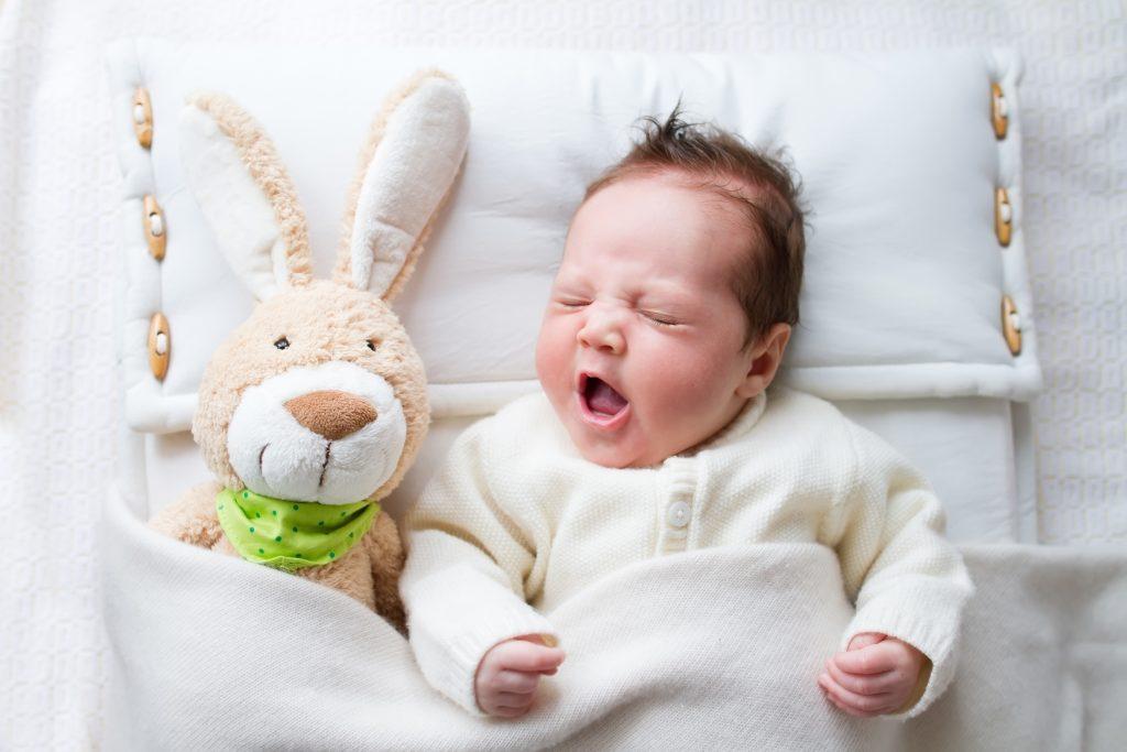 yawning baby girl - Sleepyhead Consulting